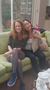 Ihrye Choi en Charity Willems van Hulscher Cosmetics